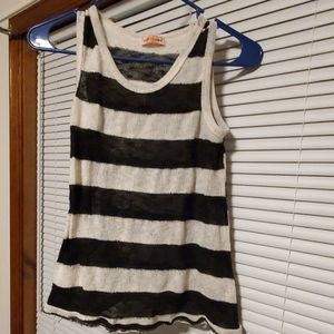 Body Central Tank size small
